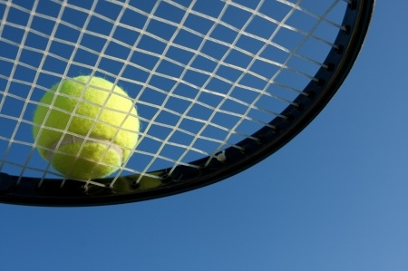 tennis strings and tennis elbow